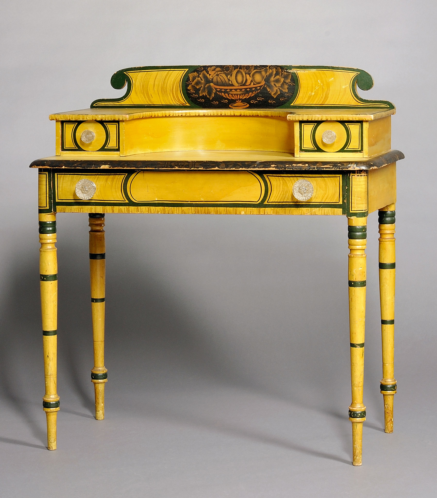 Dressing table, possibly David Colby or Willard Harris, Croydon, New Hampshire, c. 1835